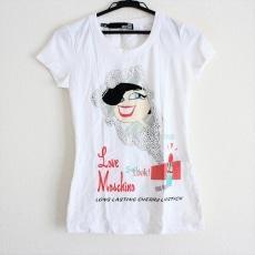 ラブモスキーノのTシャツ