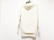 ミューズデドゥーズィエムクラスのセーター