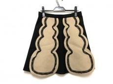 レッドバレンチノのスカート
