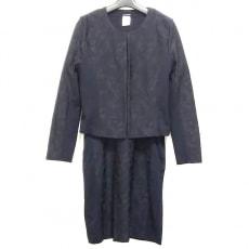 ププラのワンピーススーツ