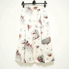 グレースクラスのスカート