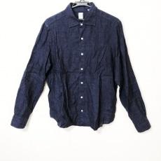フィナモレのシャツ