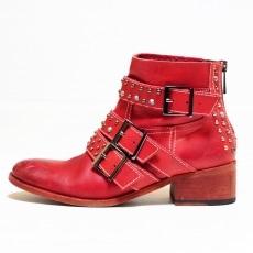 ザディグエヴォルテールのブーツ