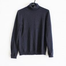 マーロのセーター