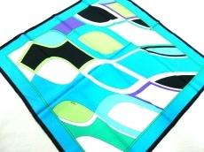 エミリオプッチのスカーフ
