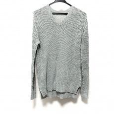 カズユキクマガイのセーター