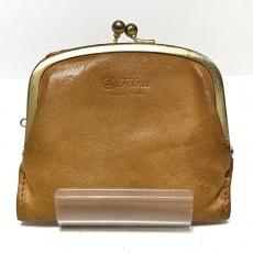 フォルナの2つ折り財布
