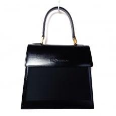 イヴサンローランのハンドバッグ