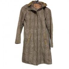 ダブルスタンダードクロージングのコート