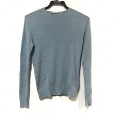 ドレステリアのセーター