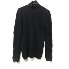 アルマーニコレッツォーニのセーター