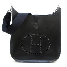HERMES(エルメス)のエブリンGMのショルダーバッグ