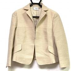 アクリスのジャケット