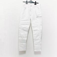 エフアールツーのジーンズ
