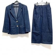 レオナールのスカートスーツ