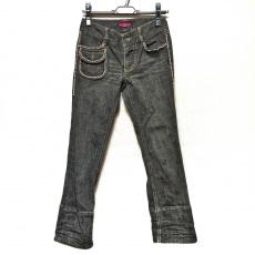 トゥービーシックのジーンズ