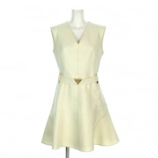 ルイヴィトンのスリーブレス ベルテッド Aライン ドレス