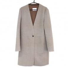 ベイジのジャケット