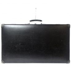 グローブトロッターのオリジナル 30インチ スーツケース(約75L)