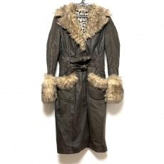クラスロベルトカヴァリのコート