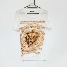 バルマンのTシャツ