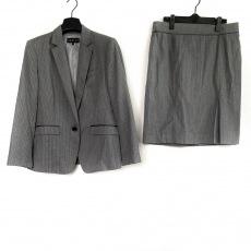 インディビのスカートスーツ