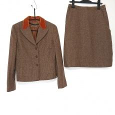エトロのスカートスーツ
