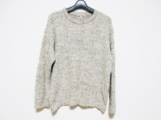 エンポリオアルマーニのセーター