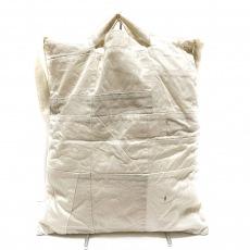 キャピタルのショルダーバッグ
