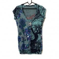 デシグアルのTシャツ