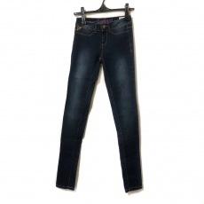 デシグアルのジーンズ
