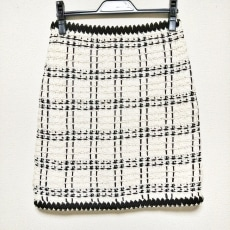 トリーバーチのスカート