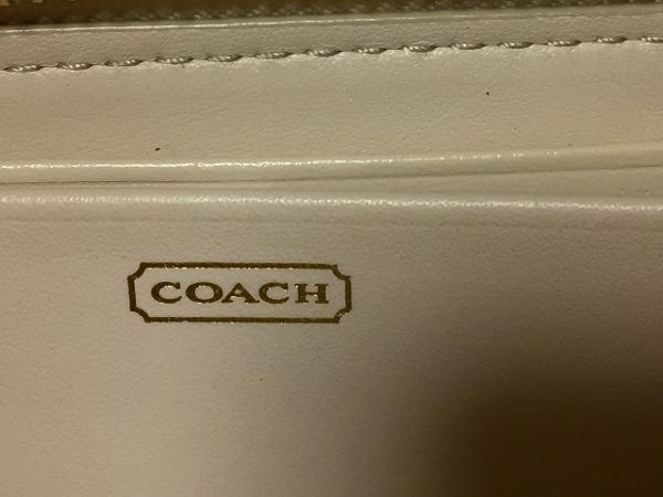 COACH(コーチ) 長財布 - アイボリー レザー