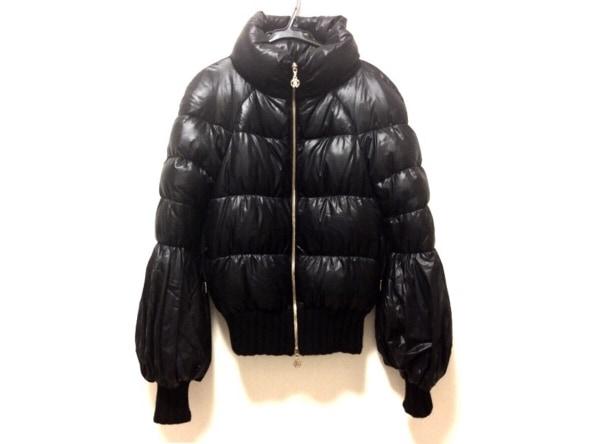 ロベルトカヴァリ ダウンジャケット サイズ38 M レディース美品  黒 冬物