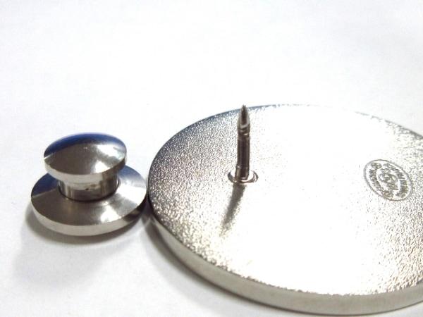 CHANEL(シャネル) ブローチ美品  金属素材 ライトブルー×白×マルチ 4