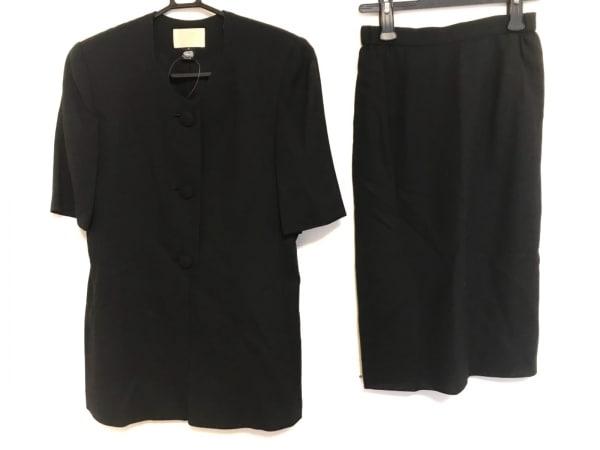 ソワール ペルル スカートスーツ サイズ9 M