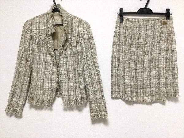 ヴァニラコンフュージョン スカートスーツ