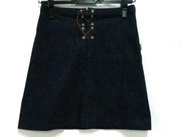 バーバリーブルーレーベル ミニスカート サイズ38 M レディース美品  ネイビー デニム