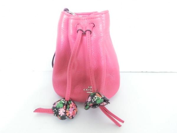 コーチ リストレット美品  F56581 ピンク