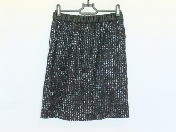 ペルルペッシュ スカート サイズ38 M美品