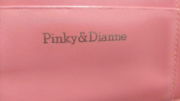 Pinky&Dianne(ピンキー&ダイアン) 3つ折り財布 オレンジ 型押し加工 5