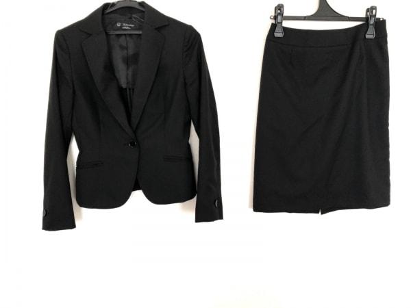 ブリリアントステージ スカートスーツ 黒