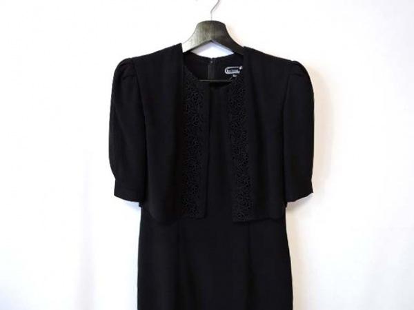 トウキョウイギン ワンピース サイズ9AR S レディース美品  黒 肩パッド/刺繍