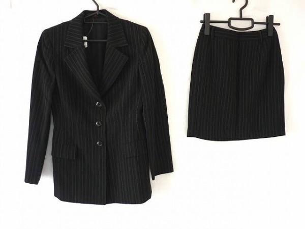 J&R(ジェイアンドアール) スカートスーツ サイズ36 S レディース美品  ライトグレー