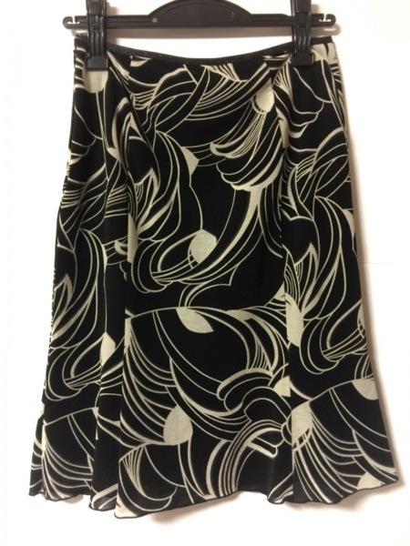 INDIVI(インディビ) スカート サイズ38 M