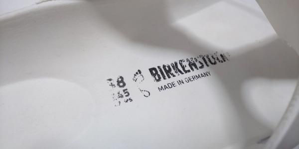 ビルケンシュトック サンダル 38 白