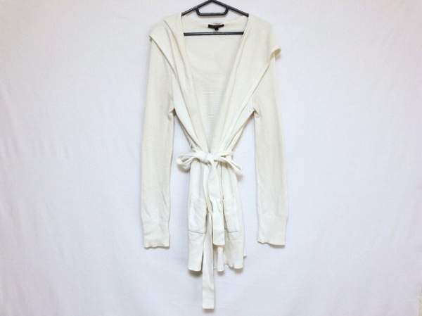 ニジュウサンク コート サイズ38 M美品  白