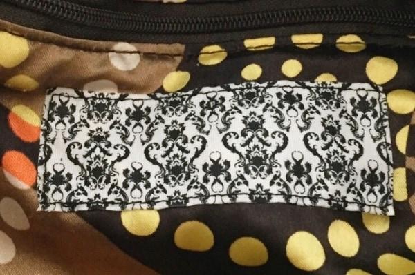 パピヨネ ショルダーバッグ 巾着型