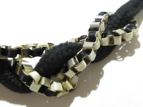 Adia Kibur(アディア キブラ) ネックレス