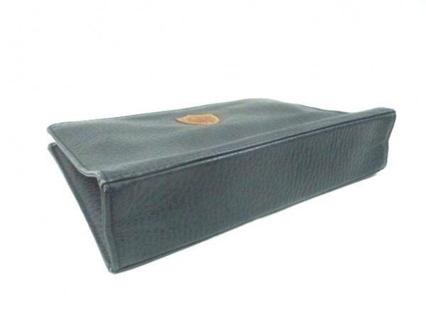 STRANUOVO(ストラヌオボ) セカンドバッグ ダークグリーン 型押し加工 レザー